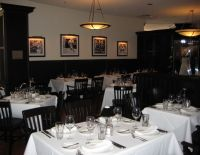 shulas steakhouse dining 2